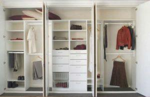 Шкаф с распашными дверьми: Плюсы и Минусы и Монтаж: Где лучше всего производить установку?